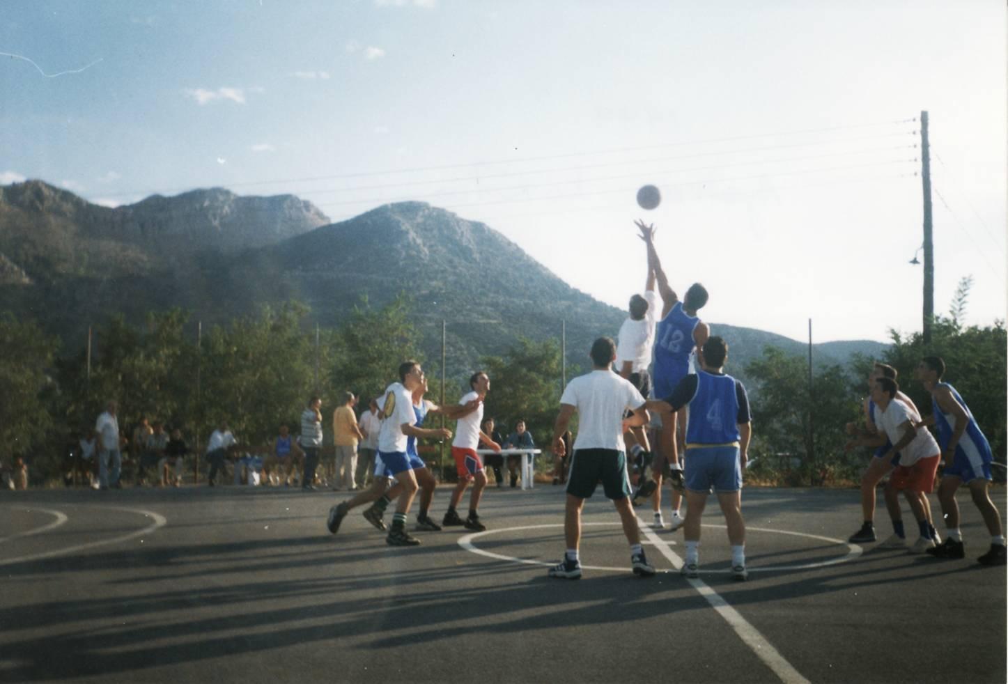 Γήπεδο μπασκετ στο Κοτύλιο